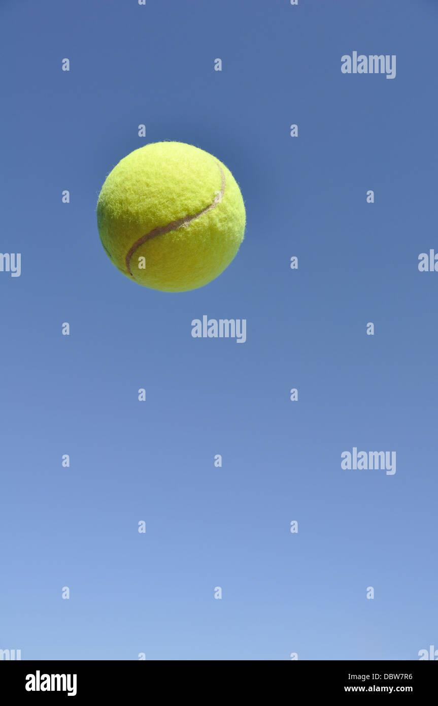 Palla da tennis Immagini Stock