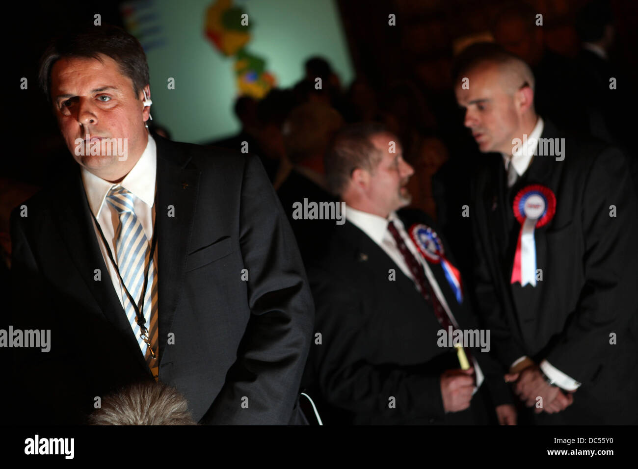 Parlamento europeo alle elezioni nel nord-ovest risultati notte a Manchester Town Hall. Nick Griffin. Immagini Stock