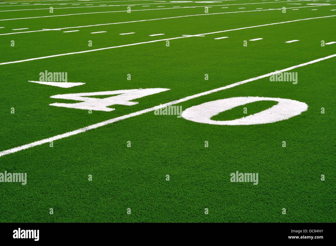 40 yard linea su un americano di campo di calcio Immagini Stock