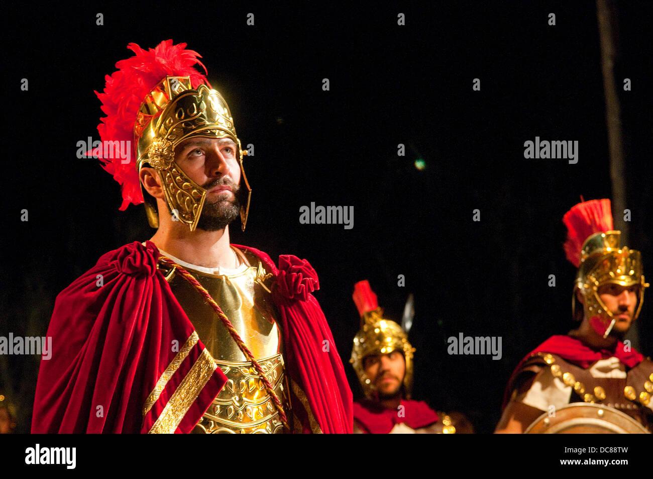 Centurione e soldati romani. La settimana santa, la passione di Chinchon, Chinchon, provincia di Madrid, Spagna. Foto Stock