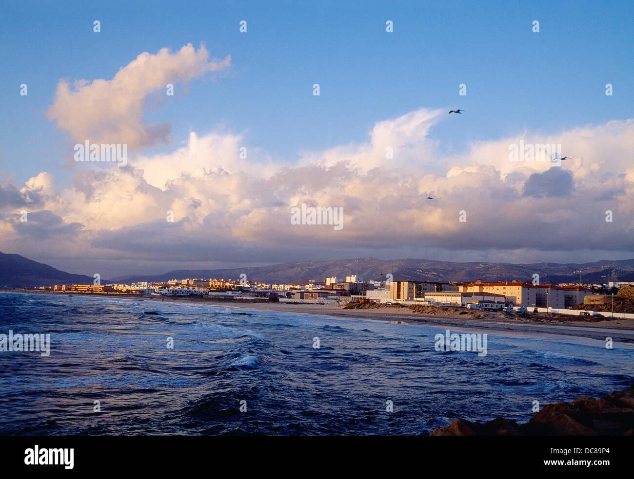Spiaggia Los Lances. Tarifa, la provincia di Cadiz Cadice, Andalusia, Spagna. Immagini Stock