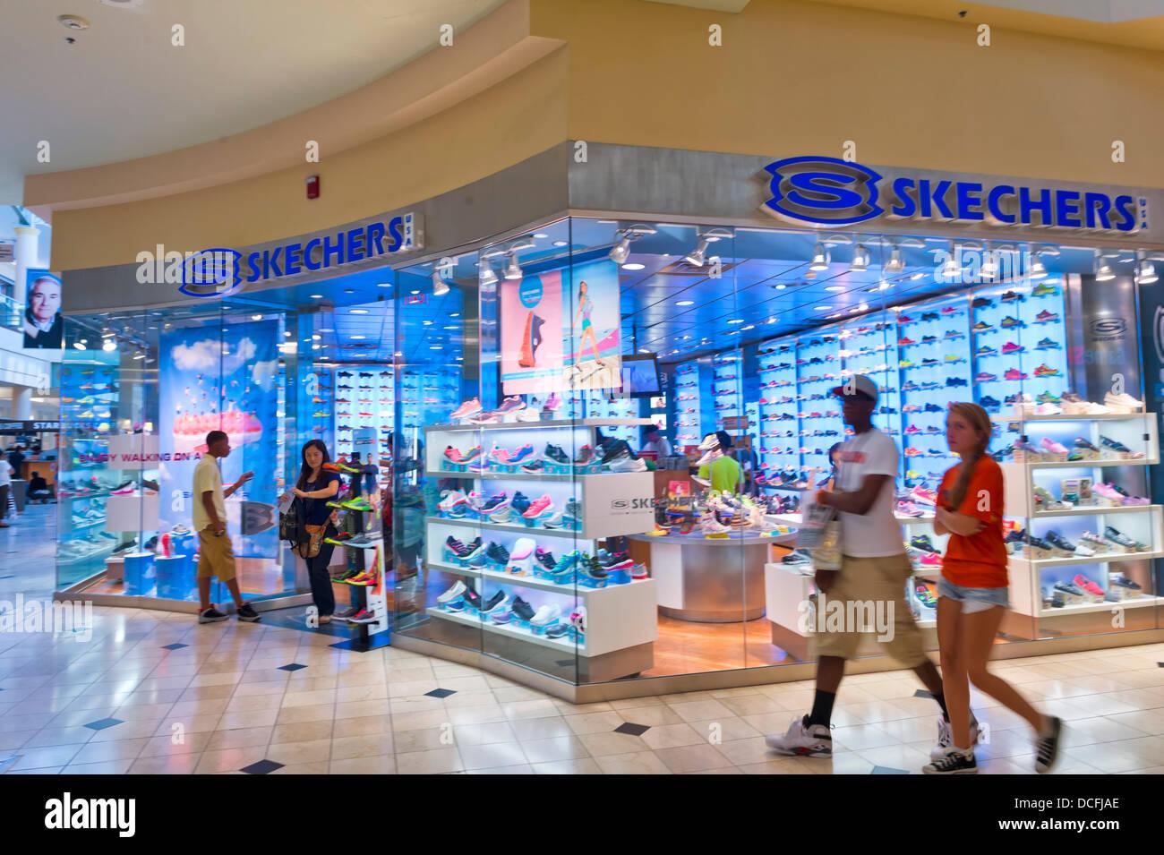 New Skechers Shoes Immagini e Fotos Stock Alamy