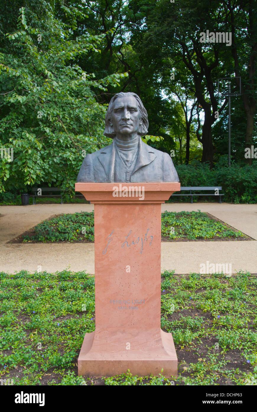 Franz Liszt statua Park Lazienkowski il Lazienki Park District Ujazdow Varsavia Polonia Europa Immagini Stock