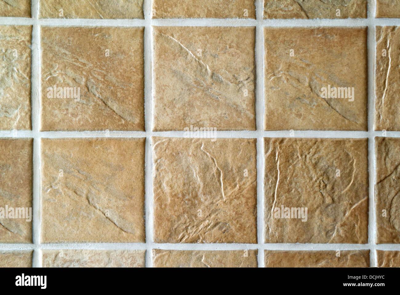 Le piastrelle di ceramica. il beige mosaico di piastrelle in