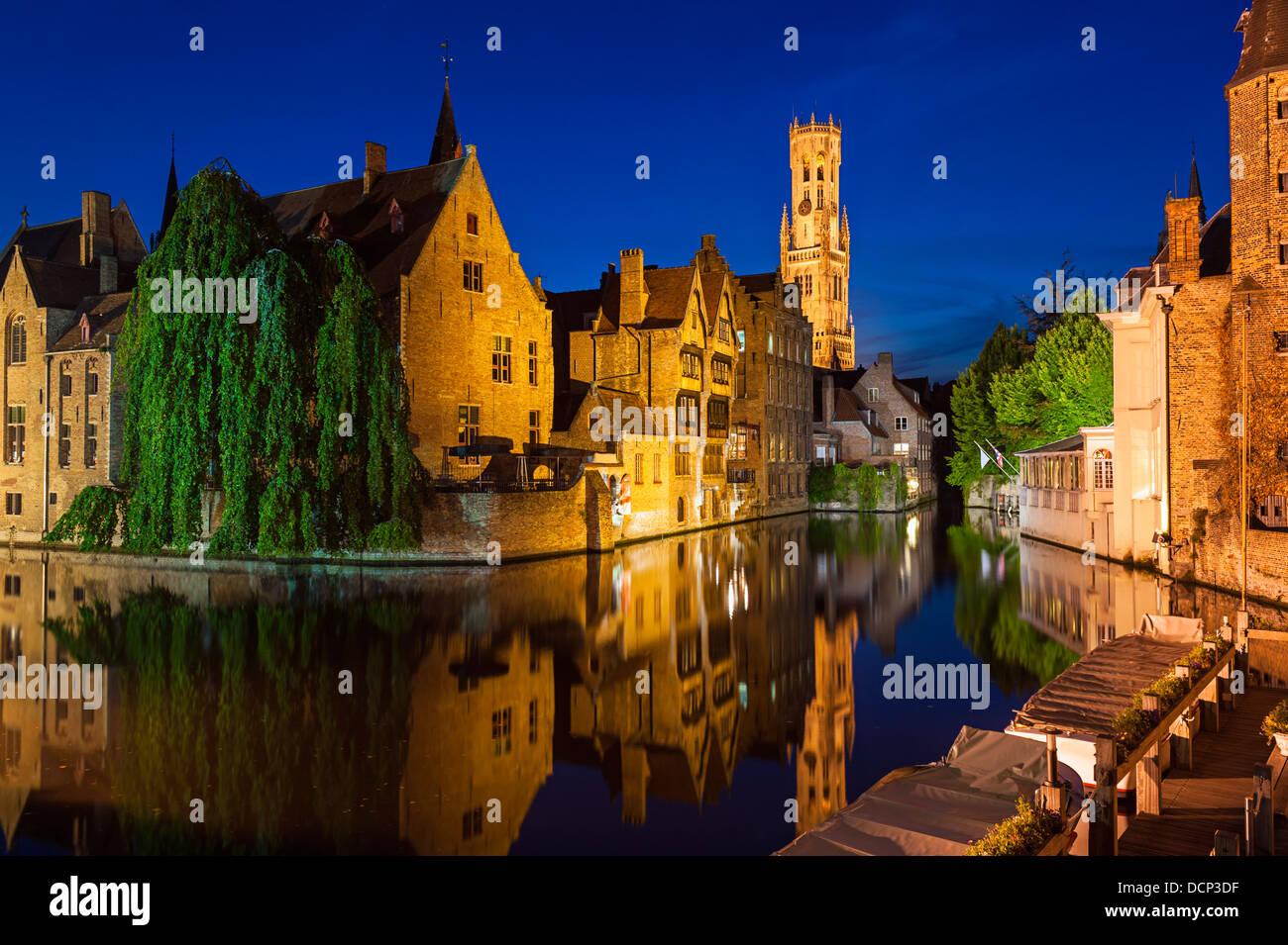 Rozenhoedkaai Bruges Belgio Foto Stock