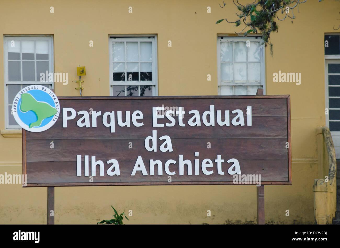 Piastra in Ilha Anchieta parco dello stato a Ubatuba Sao Paulo membro shore Immagini Stock