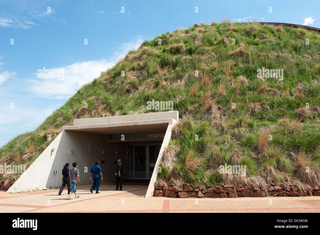 Maropeng Visitor Center presso la culla dell'Umanità, vicino Johannesburg, Sud Africa Immagini Stock