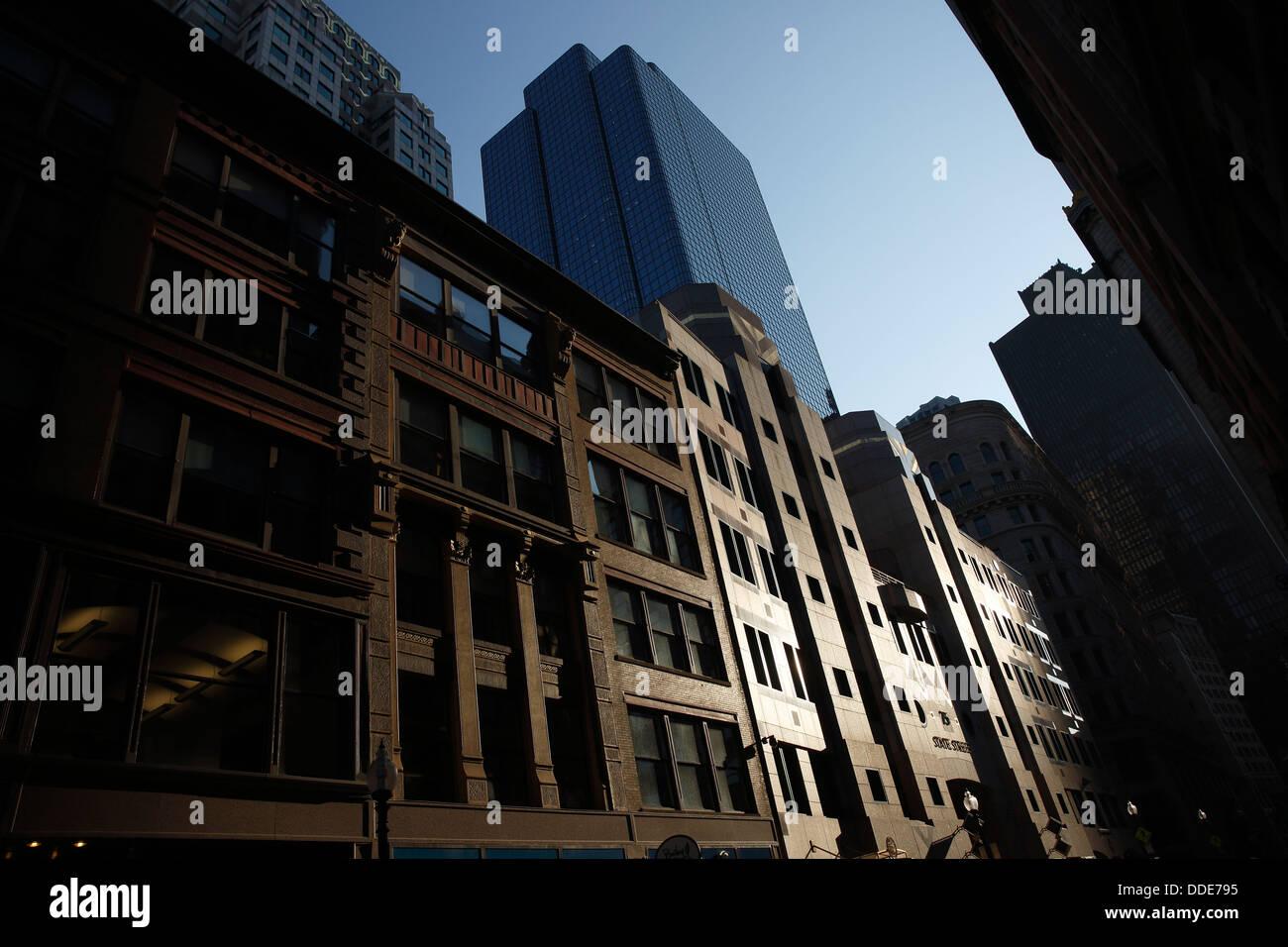 Pomeriggio di sole su edifici, State Street, Boston, Massachusetts Immagini Stock