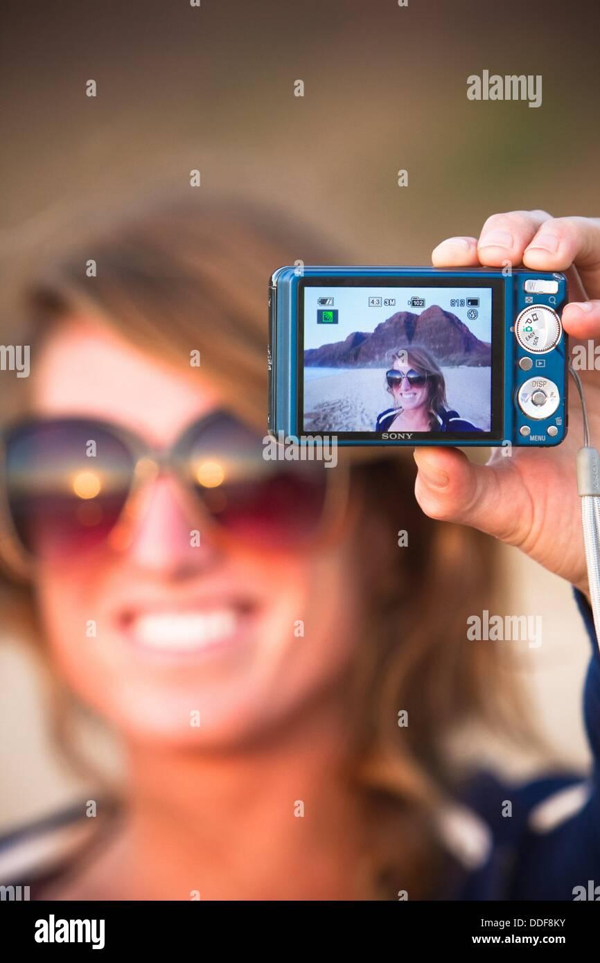 Immagine di sé come visto attraverso un mirino digitale sulla Statale Polihale Beach, Kauai, Hawaii, STATI Immagini Stock