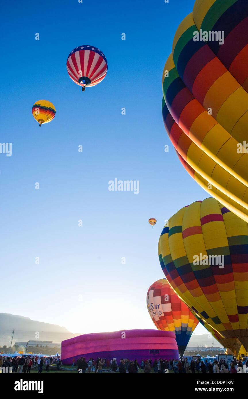 I palloni ad aria calda a Balloon Fiesta in Albuquerque, New Mexico, U.S. Immagini Stock