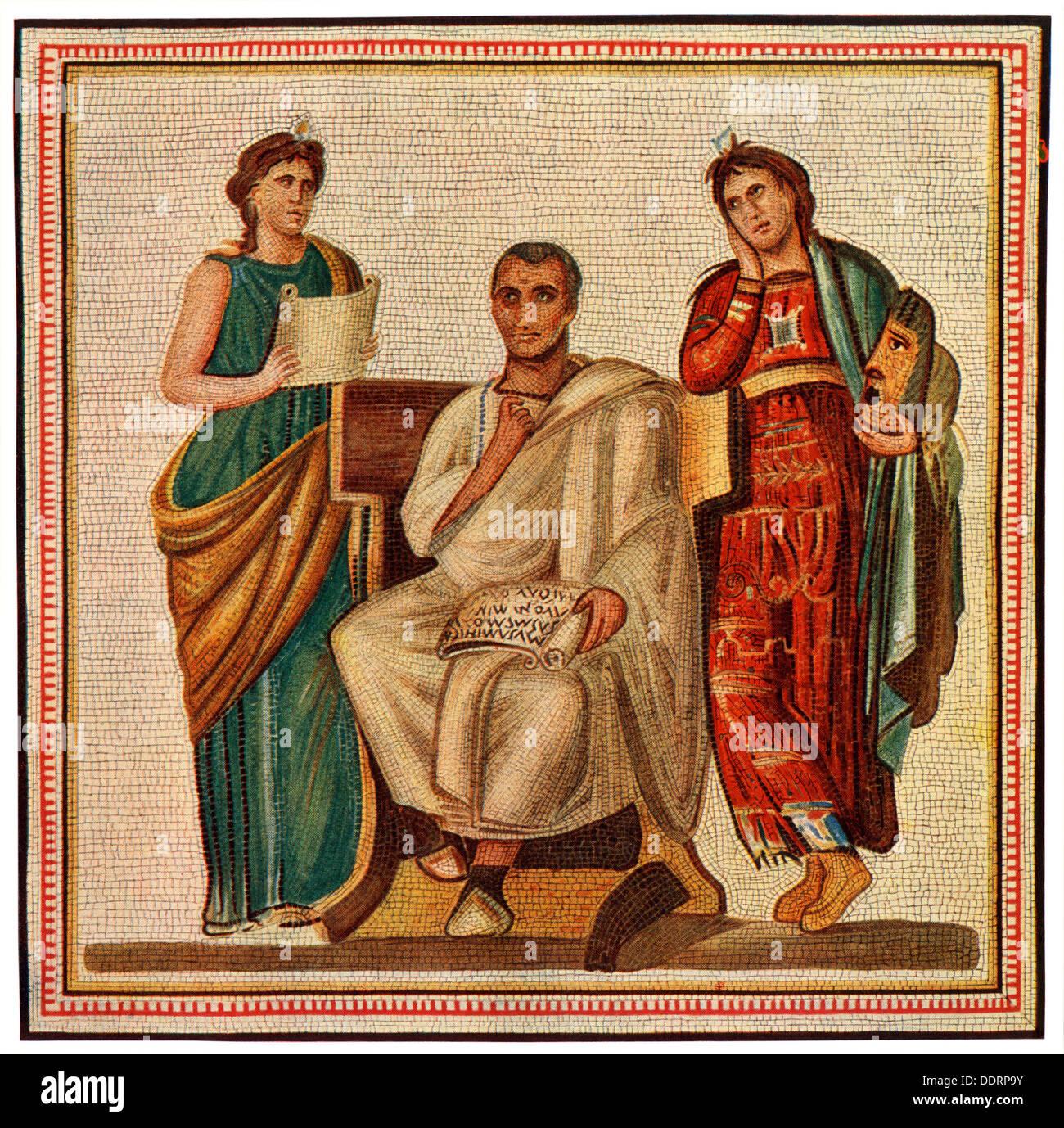 Virgilio con le dee Clio, musa della Storia, e Melpomene :, musa della tragedia. Colore mezzetinte riproduzione di un mosaico Immagini Stock
