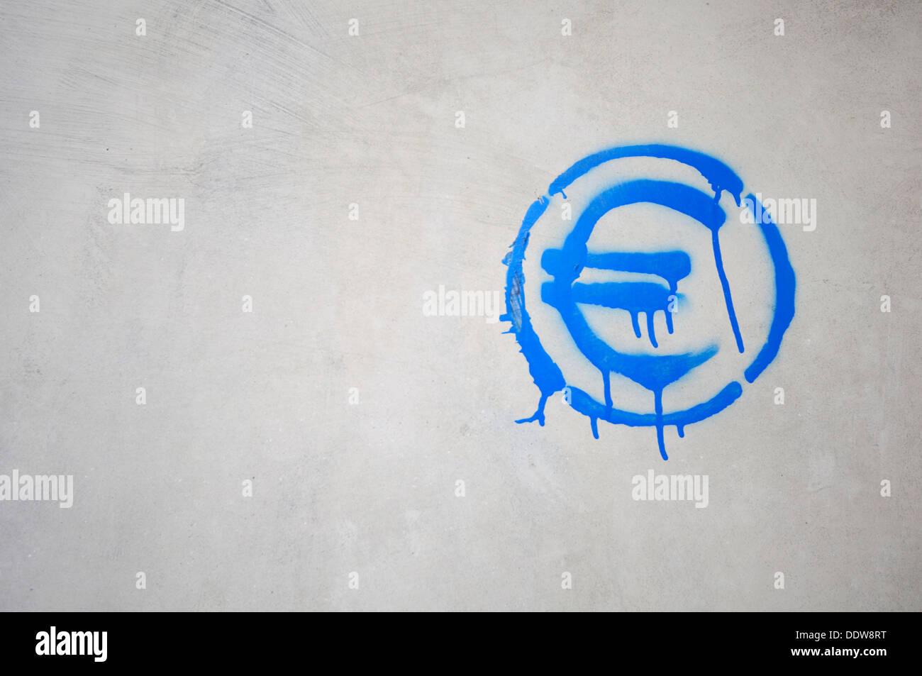 Simbolo dell'euro spruzzata Immagini Stock