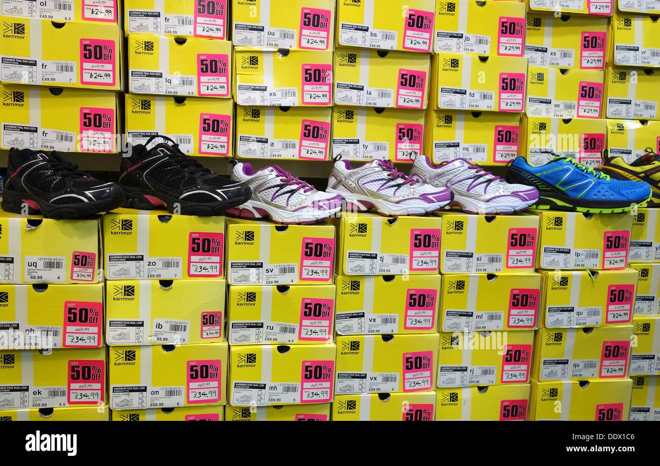 uomo adidas scarpe da ginnastica sale sports direct