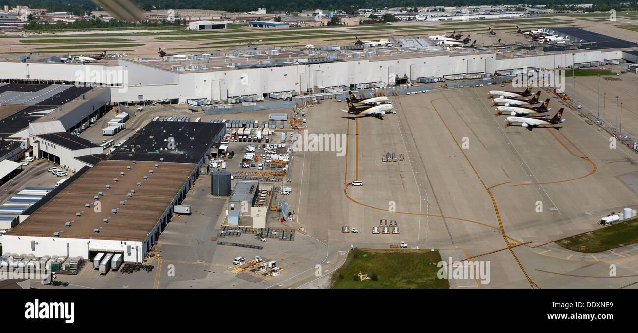 Fotografia aerea,Worldport, UPS air hub, Aeroporto Internazionale di Louisville, Sandiford Campo, SDF, Louisville, Kentucky Immagini Stock