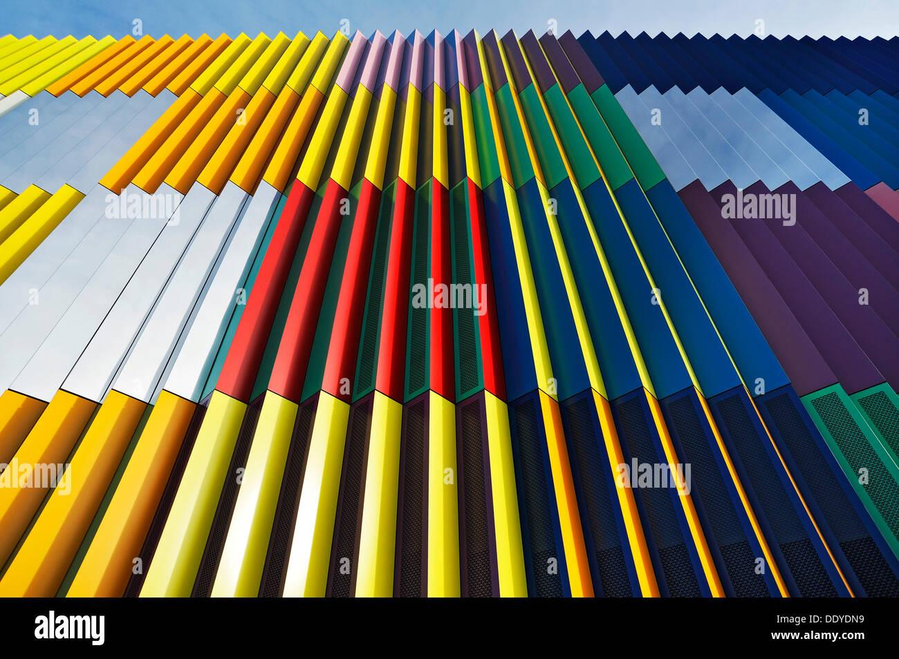 Facciata colorata sul Mira-Muenchen-Nordheide shopping mall Immagini Stock