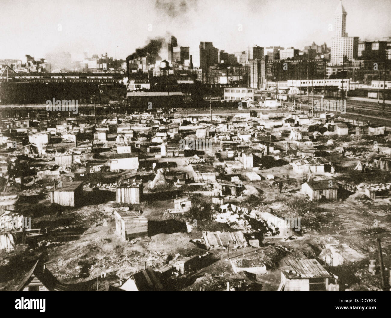 Un 'Hooverville' sul fronte mare di Seattle, Washington, USA, Grande Depressione, marzo 1933. Artista: sconosciuto Immagini Stock