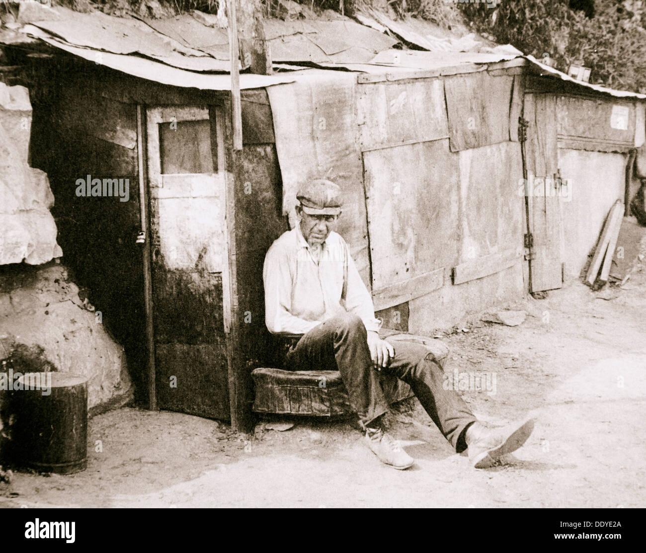 Baracca fatta di barili e carta di catrame, St Louis, Missouri, Stati Uniti d'America, Grande Depressione, 1931. Artista: sconosciuto Immagini Stock