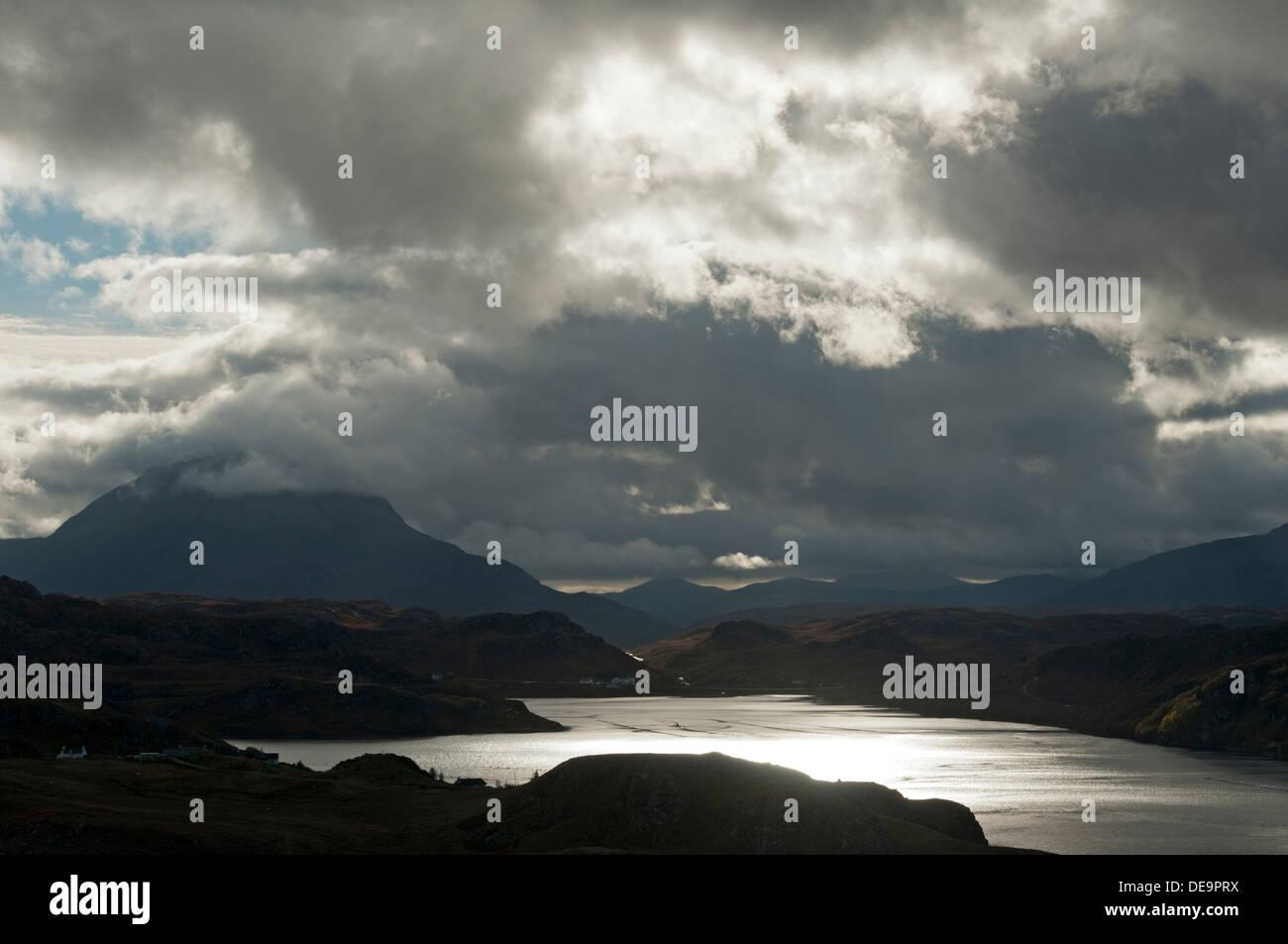 Arkle sopra Loch Inchard, dal vicino Kinlochbervie, Sutherland, Scotland, Regno Unito. Foto Stock