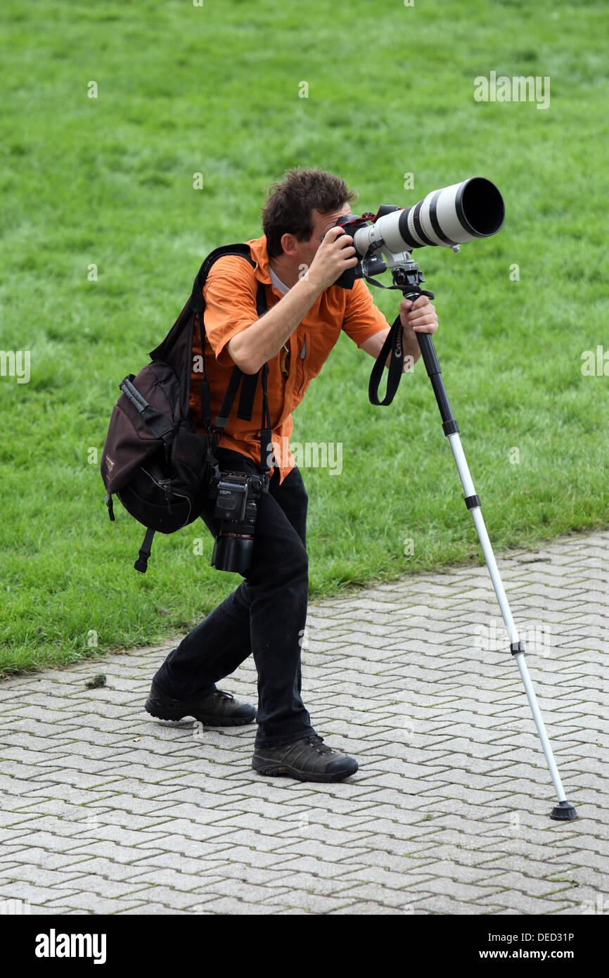 Iffezheim, Germania, fotografo utilizza un teleobiettivo Immagini Stock