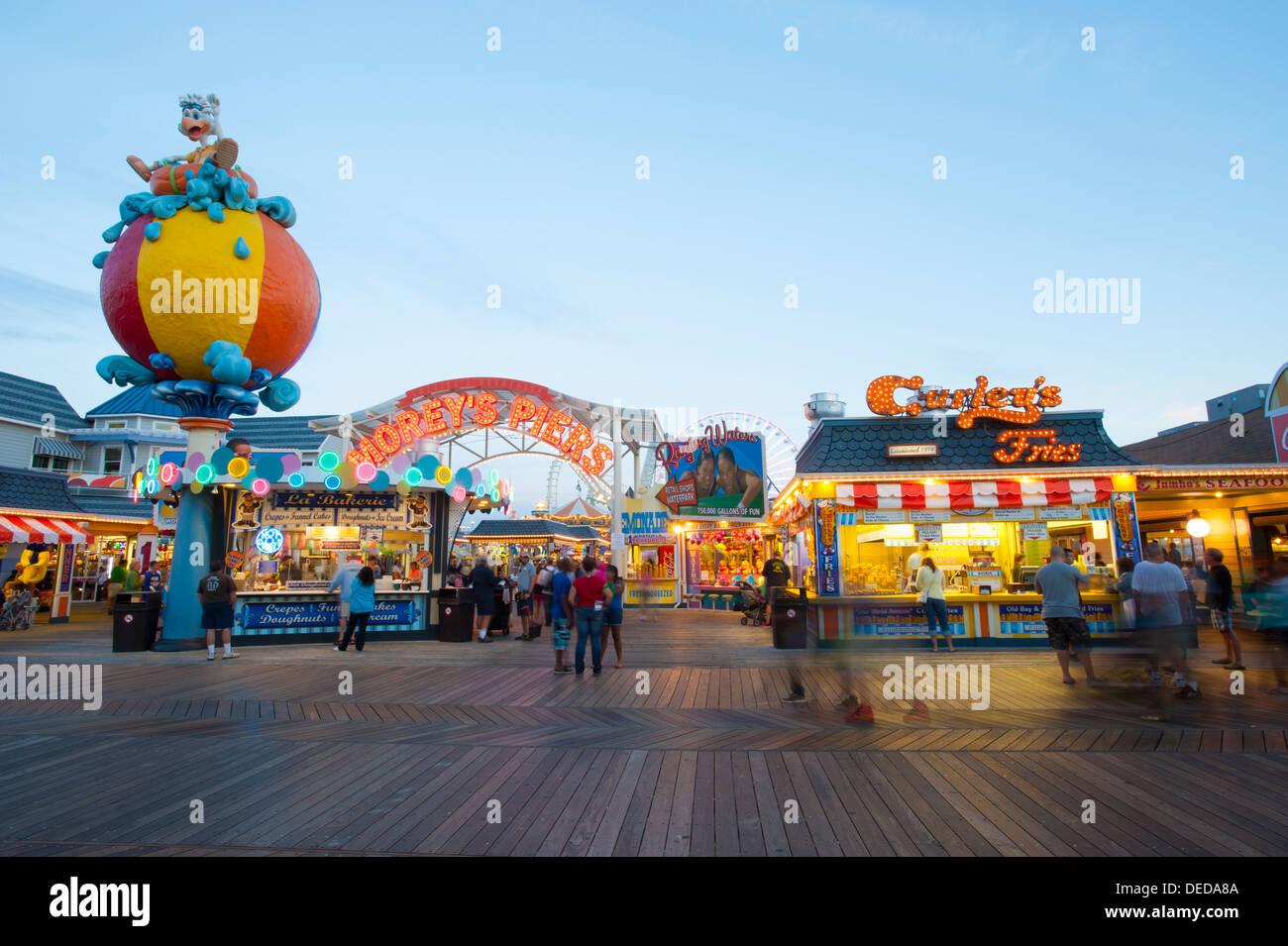 Stati Uniti d'America New Jersey Shore NJ Wildwood boardwalk