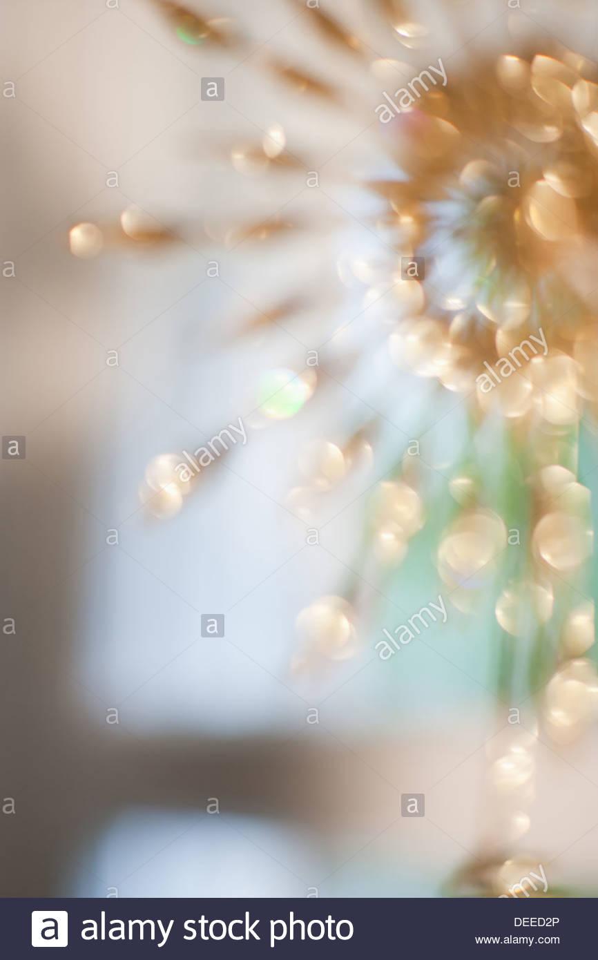 Defocalizzata decorazioni in oro Immagini Stock