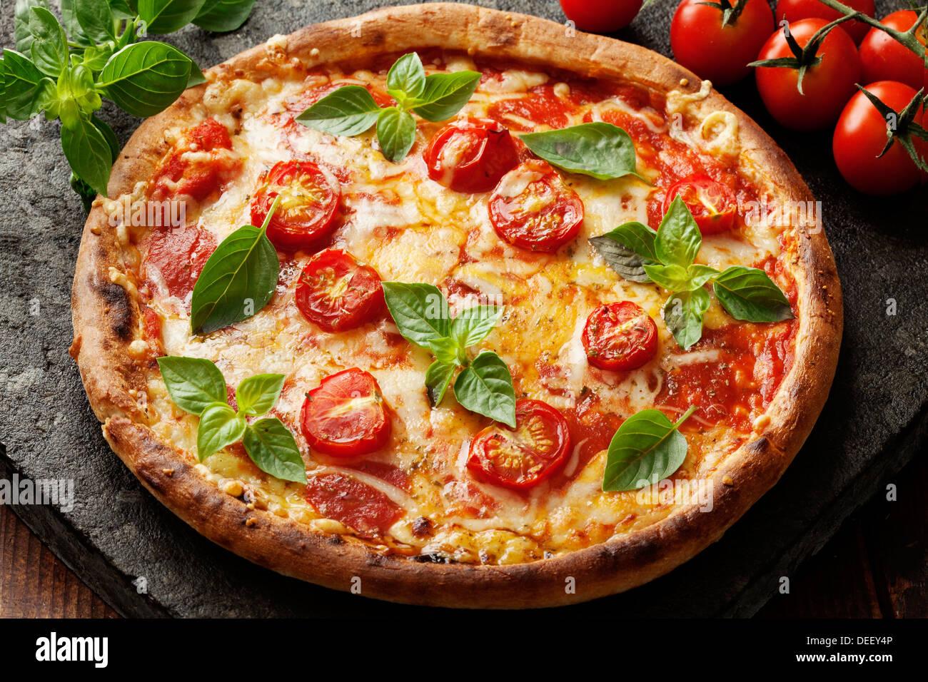 La pizza napoletana Immagini Stock