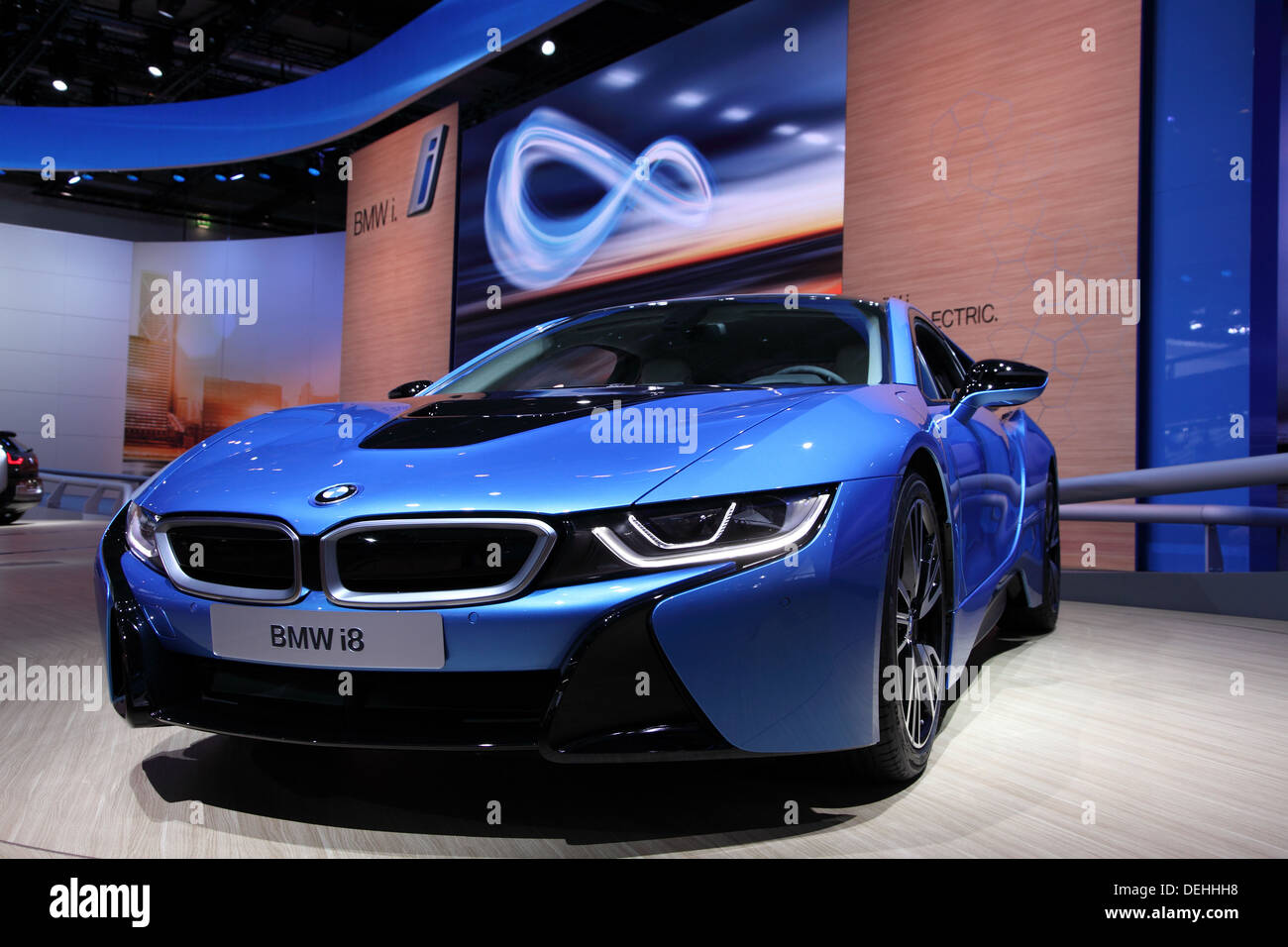 International Motor Show di Francoforte, Germania. Nuova Bmw i8 auto elettriche al sessantacinquesimo IAA di Francoforte, in Germania il 17 settembre 2 Immagini Stock