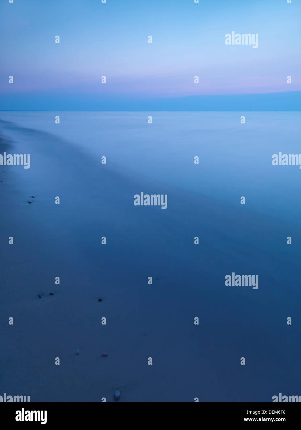 Calma crepuscolo tranquillo scenario del Lago Huron, Ontario, Canada. Immagini Stock