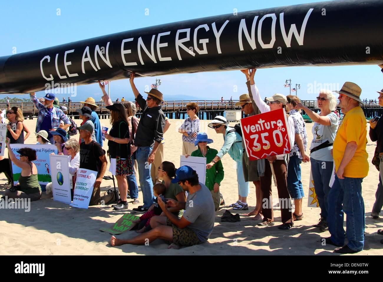 Energia pulita ora, Keystone Pipeline protesta a Santa Barbara, California USA Immagini Stock
