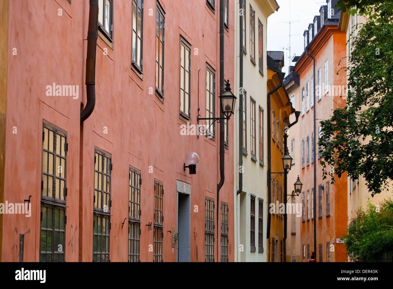 Gli edifici colorati nella città vecchia / Gamla Stan di Stoccolma, Svezia, Europa Immagini Stock