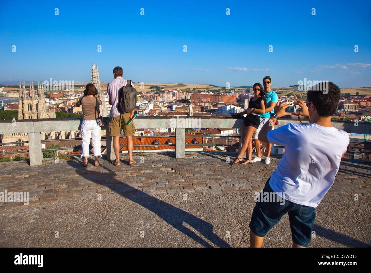 Vista panoramica con la cattedrale. A Burgos. Castilla-león. Spagna. Immagini Stock