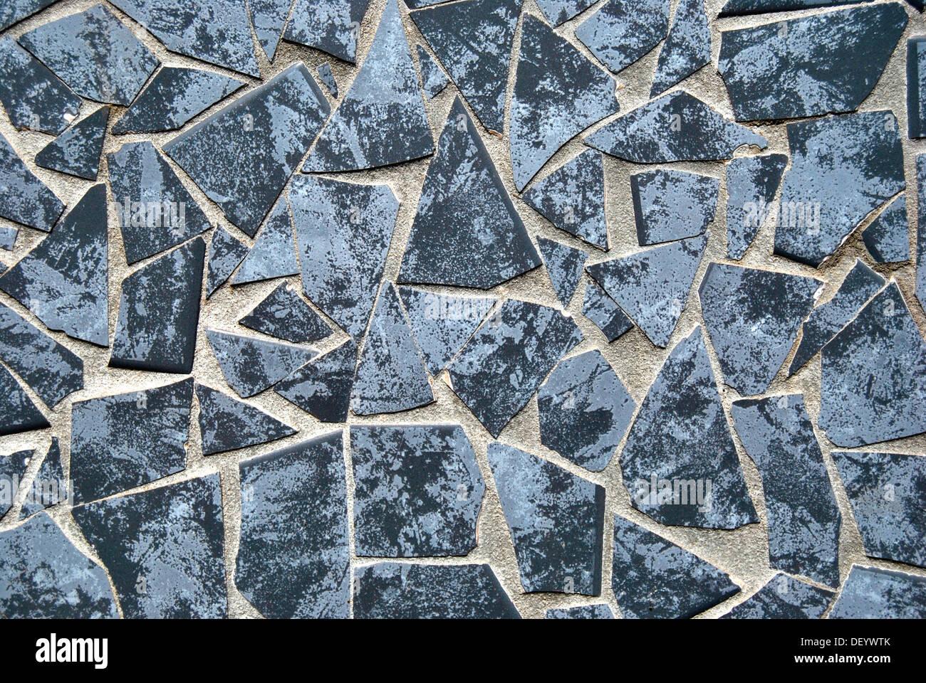 Mosaico di piastrelle rotte in colore blu foto & immagine stock