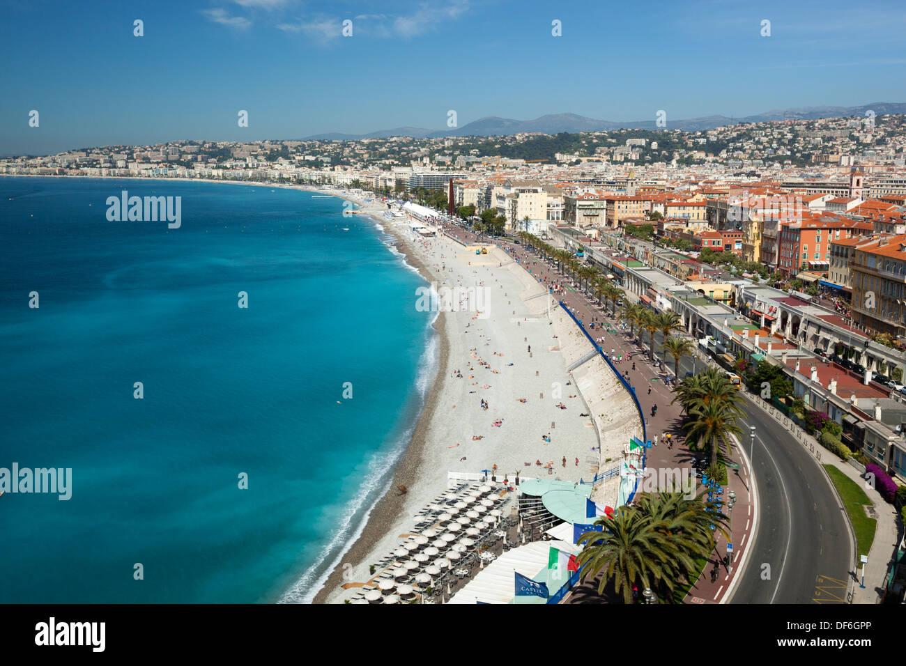Europa - Francia - Provenza-Alpi-Costa azzurra - Nizza - Vista sulla baia e la Promenade des Anglais e dal Parc du chateau Immagini Stock
