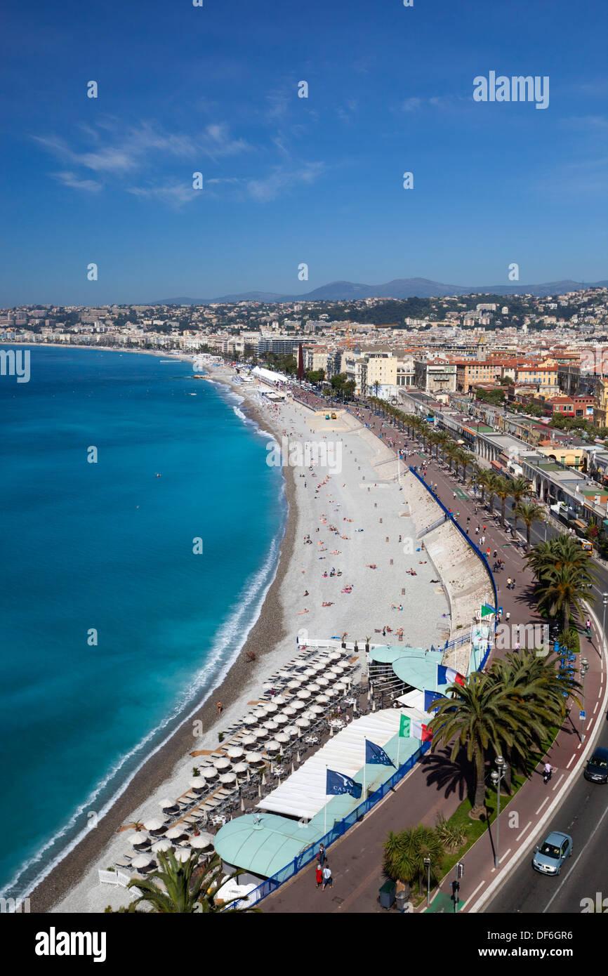 Vista sulla baia e la Promenade des Anglais e dal Parc du chateau, Nizza, Provence-Alpes-Côte d'Azur, in Francia, in Europa Immagini Stock