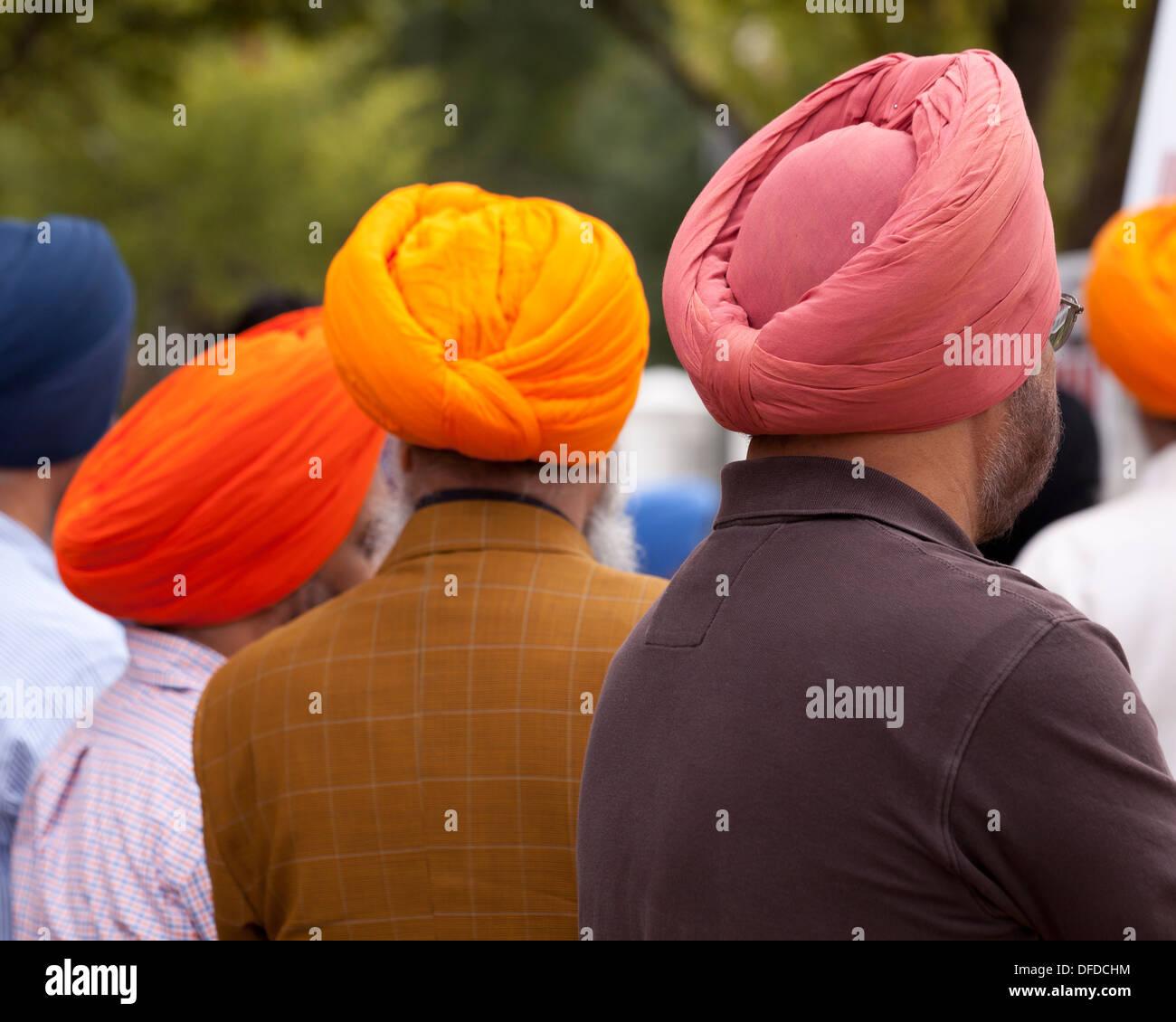 La religione sikh uomini che indossano dastar - USA Immagini Stock