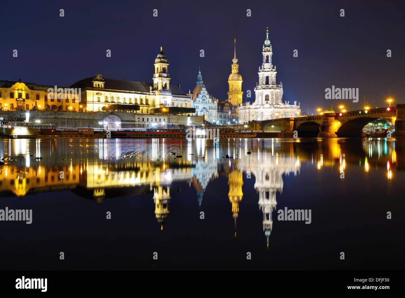 Dresden, Germania cityscape oltre il Fiume Elba. Immagini Stock