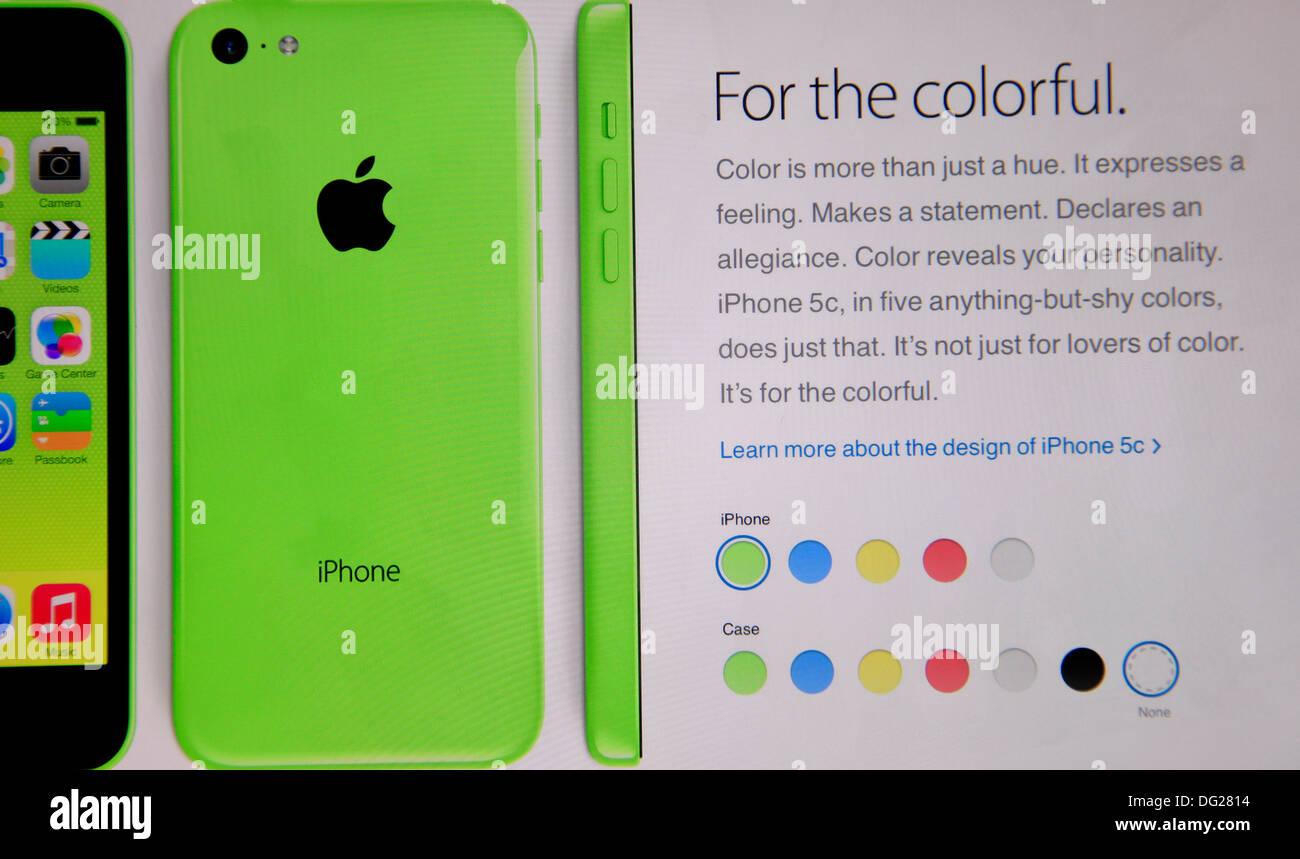 I display del telefono sul sito di social networking Immagini Stock
