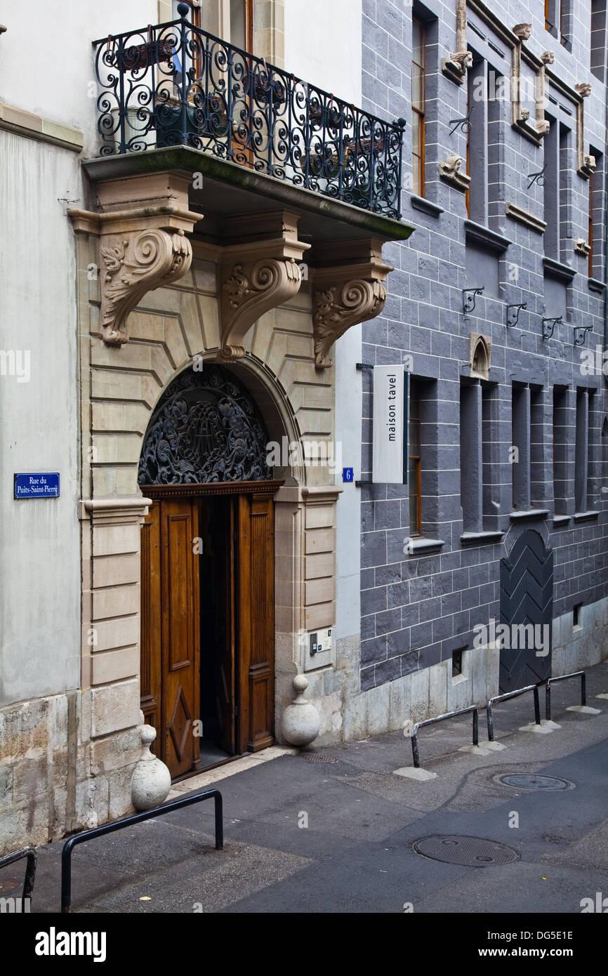 Vista esterna della Maison Tavel museo nella città vecchia di Ginevra Immagini Stock