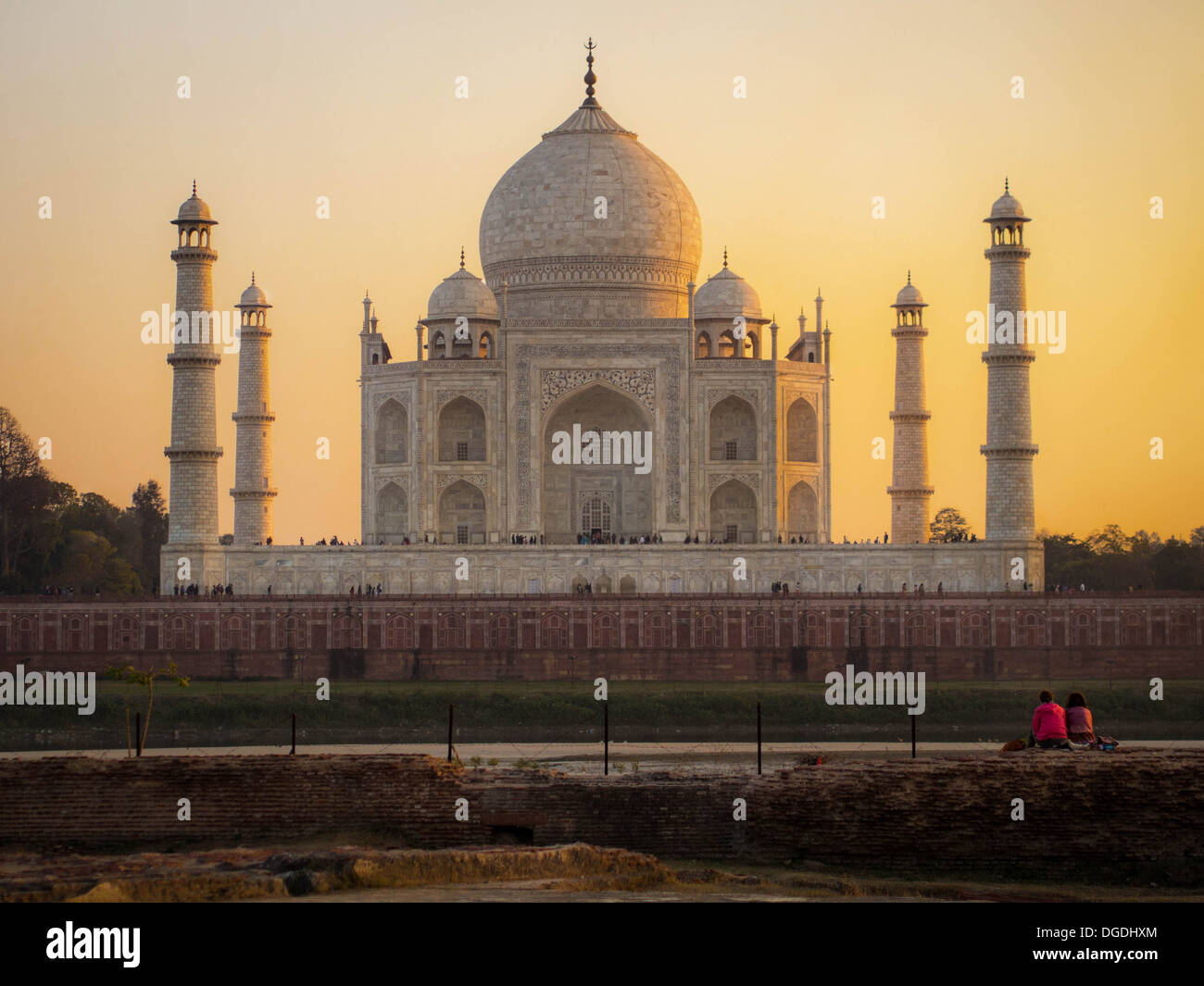 Il Taj Mahal al tramonto, Agra, India. Immagini Stock