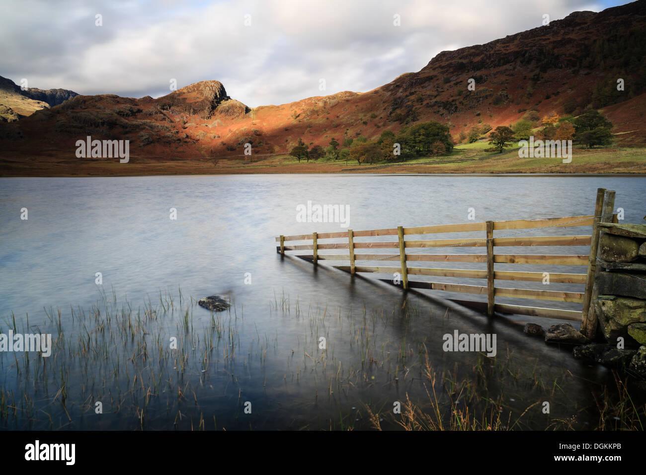 Pomeriggio tempestoso luce a Blea Tarn nel distretto del lago. Immagini Stock