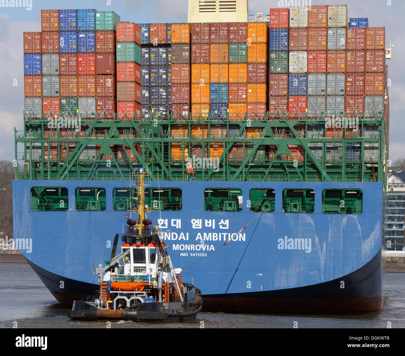 Hyundai ambizione, una nave portacontainer dalla Hyundai cantieri, Hamburg, Amburgo, Amburgo, Germania Immagini Stock