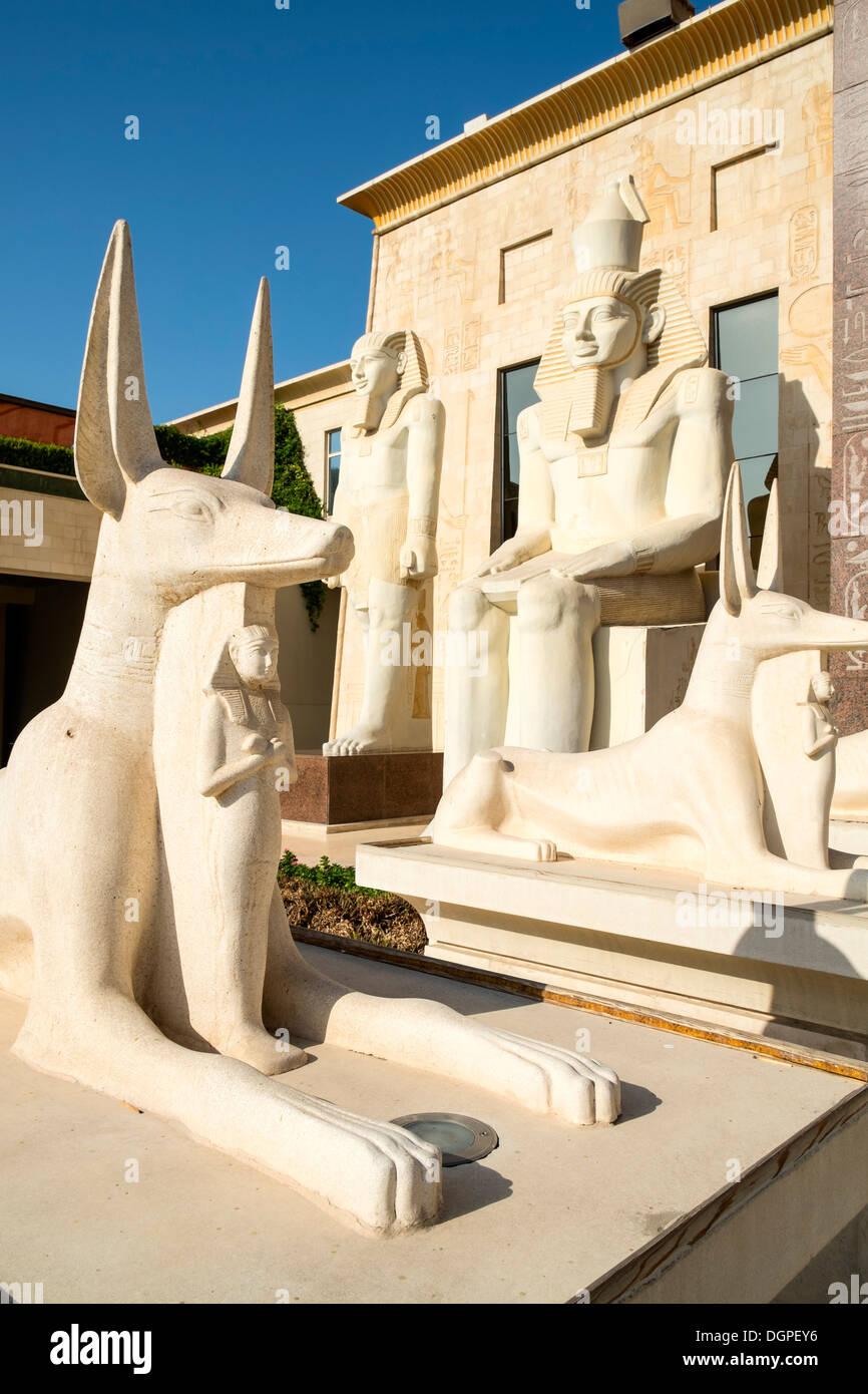 A tema egiziano di architettura a Wafi Mall in Dubai Emirati Arabi Uniti Immagini Stock