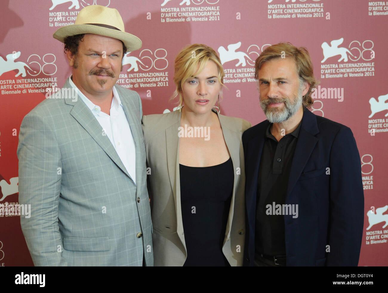 John C Reilly, Kate Winslet e Christoph Waltz frequentando un photocall per il film Carnage, 68esimo Festival Internazionale Foto Stock