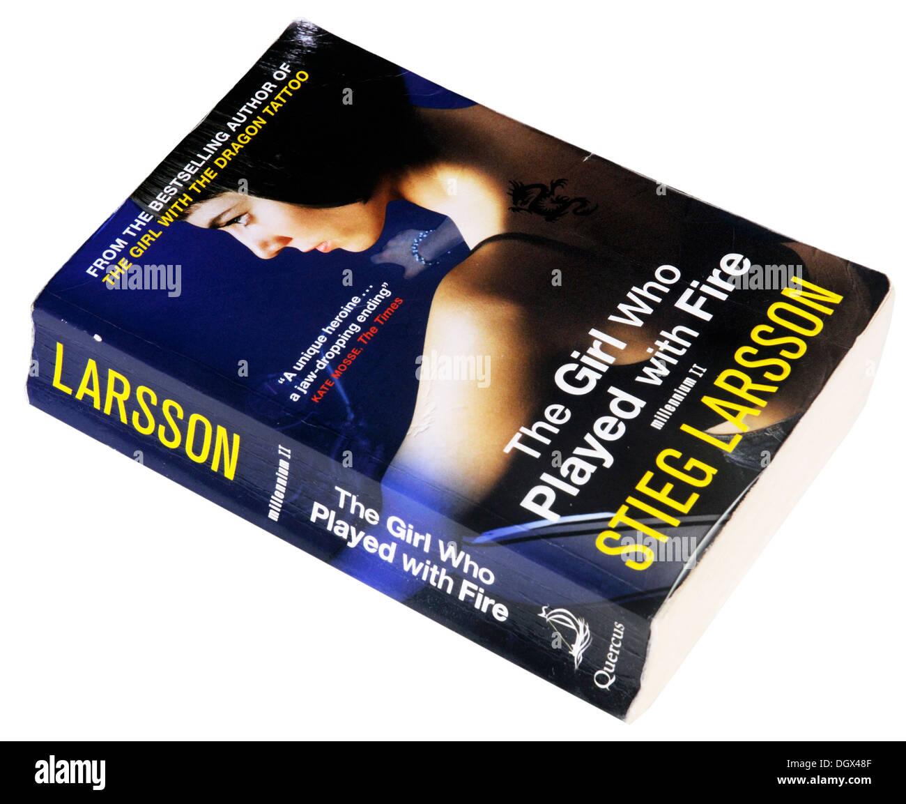 La ragazza che giocava con il fuoco : Millennium II di Stieg Larsson Immagini Stock
