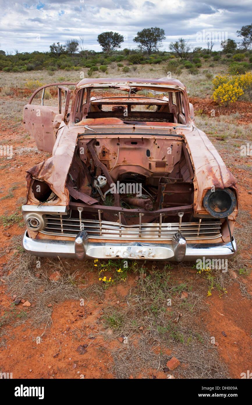 Auto rottamata nell'outback, Territorio del Nord, l'Australia Immagini Stock