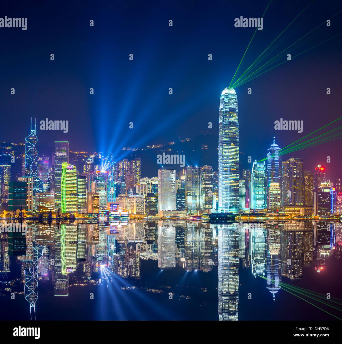 Skyline di Hong Kong al Porto di Victoria. Immagini Stock
