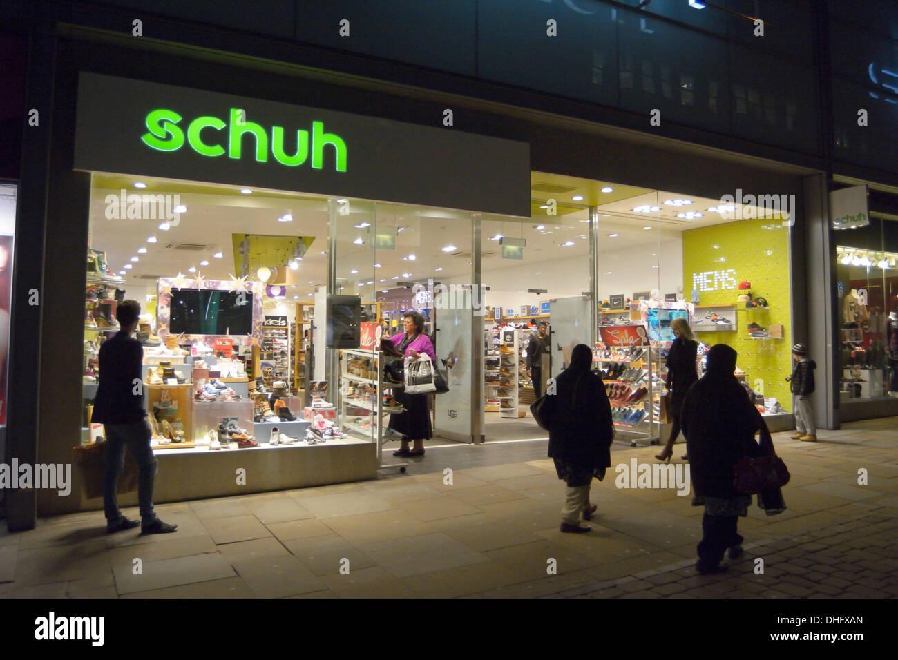 c4804256705a68 Schuh negozio di calzature in Market Street nel centro commerciale Arndale
