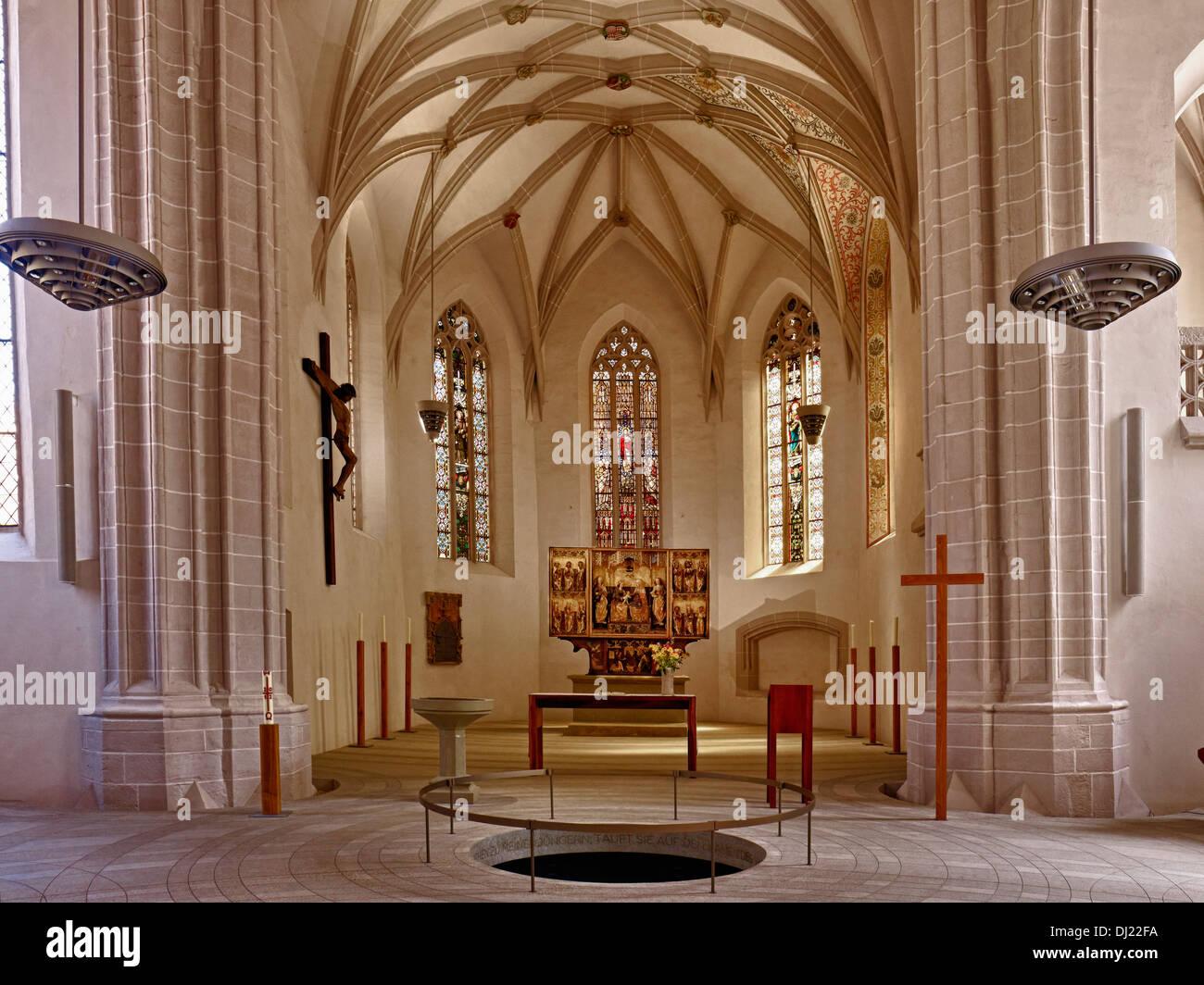 Fonte battesimale, San Pietro e Paolo Chiesa, Eisleben, Sassonia-Anhalt Germania Immagini Stock