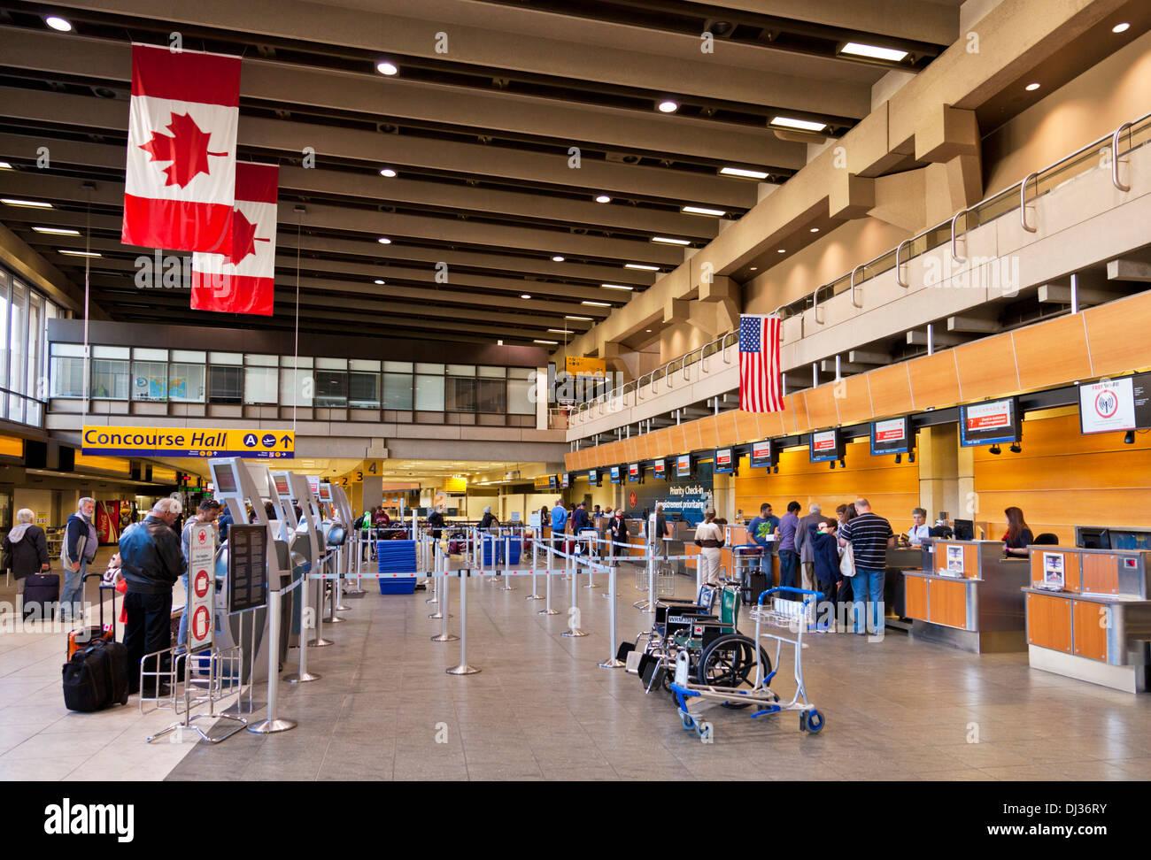 Dall'Aeroporto Internazionale di Calgary Calgary Alberta Canada Immagini Stock