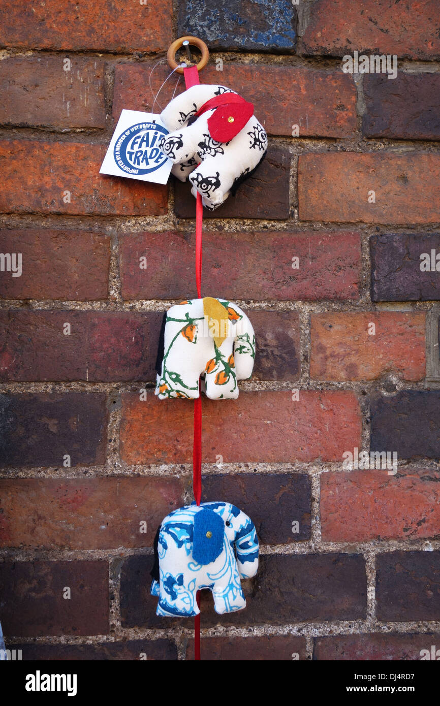 Il commercio equo e solidale decorativo appeso a parete Immagini Stock